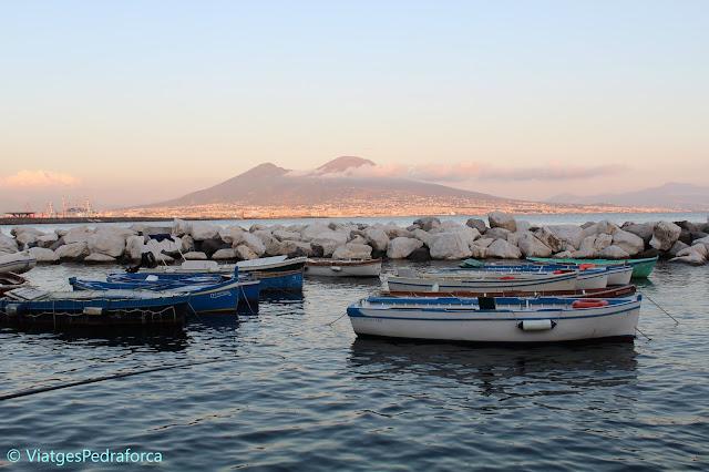 Campania, Itàlia, viatjar per lliure