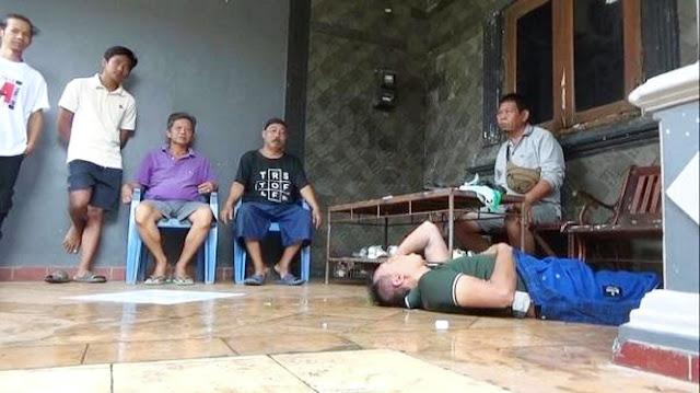 Ditangkap Warga, Maling Kotak Amal Masjid Akting Kesurupan, Pura-pura Gila Jadi Senjata!