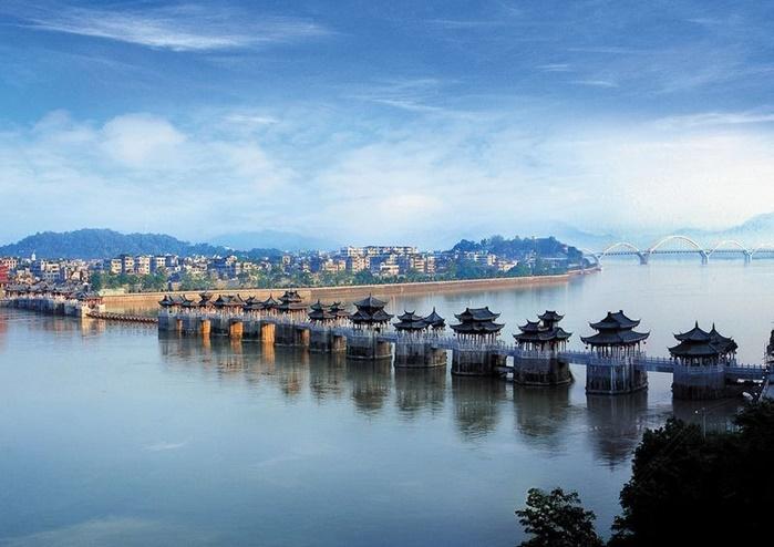 สะพานกว่างจี้ (Guangji Bridge: 广济桥)