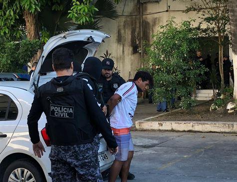 Polícia faz operação para prender suspeitos de tráfico e quase dez homicídios em Goiana