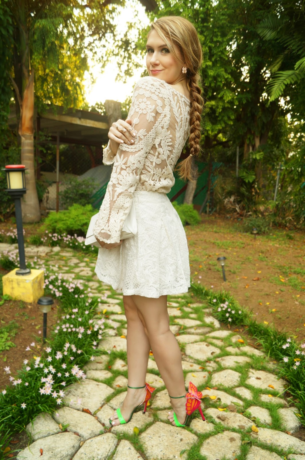 Spring Outfit with white lace. Look at those butterfly heels!