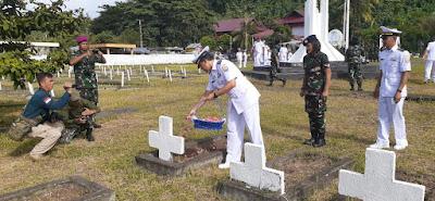Lantamal VIII Manado Ziarah Dan Tabur Bunga Di Taman Makam Pahlawan Amurang