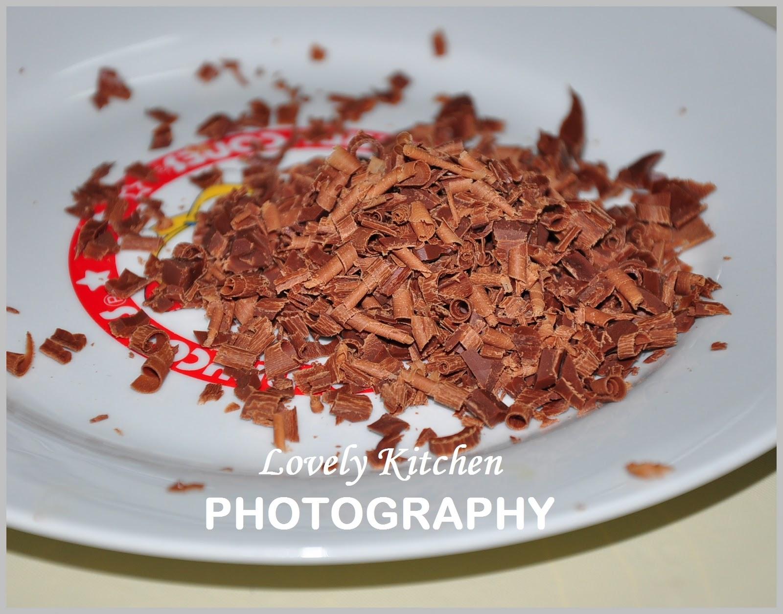 E Na Lovely Kitchen September 2011