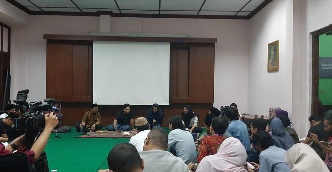 Testimoni Inayah Wahid (4-Habis): Mbah Moen Tertawakan Diri Sendiri