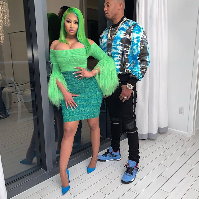 Niki Minaj Hot Pics with boyfriend
