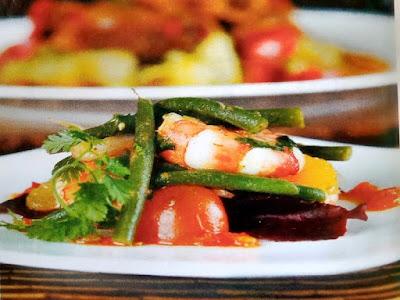 Gambar Resep Udang Cajun Dengan Kacang Polong Dan Salad Daun Ketumbar