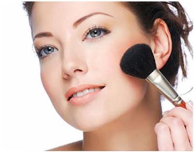Kosmetik Tata Rias untuk Sehari-Hari