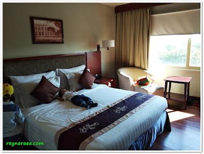hotel sahid surabaya kamar deluxe bisnis