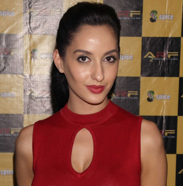 Nora Fatehi instagram hot photos