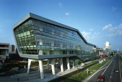 Contoh seni rupa terapan arsitektur bangunan