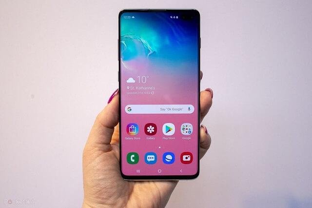 سامسونج تخطط لإطلاق هاتف ذكي جديد مزود بكاميرا تحت الشاشة في العام القادم