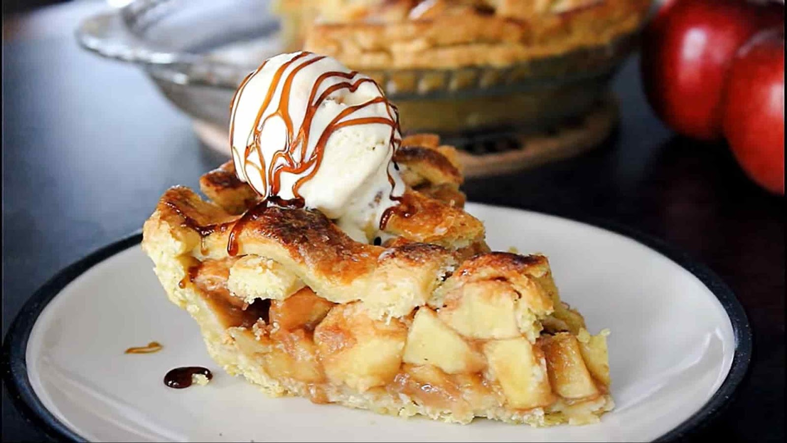 apple+pie+putting+ice+cream