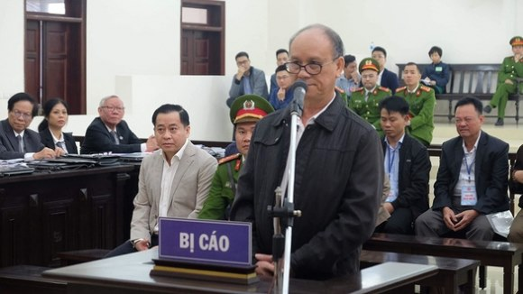 Cựu chủ tịch Đà Nẵng nói có súng do phụ trách mảng 'hơi tế nhị'