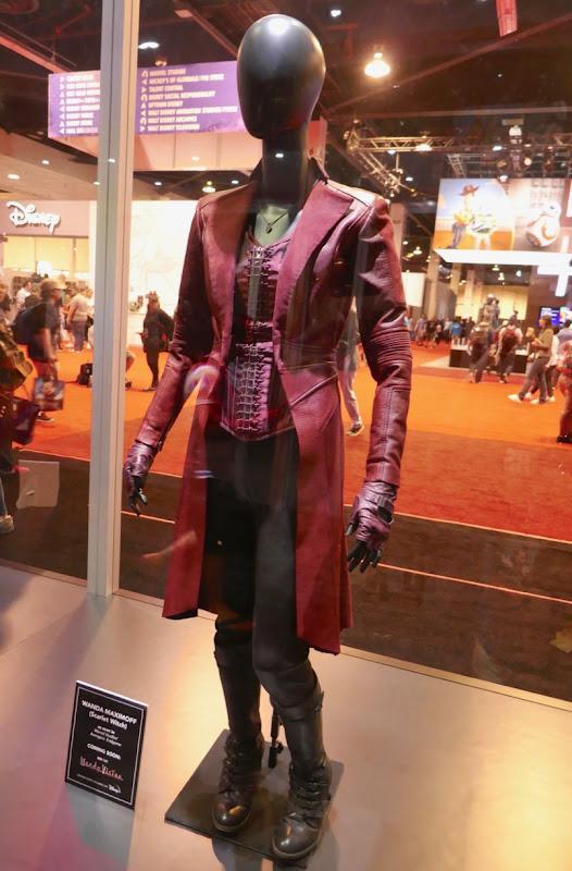 Elizabeth Olsen Avengers Scarlet Witch costume