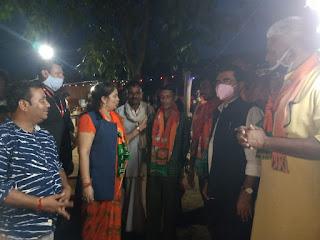 चुनाव मैं नहीं शिवराजसिंह चौहान लड रहे हैं : सुमित्रा कासडेकर