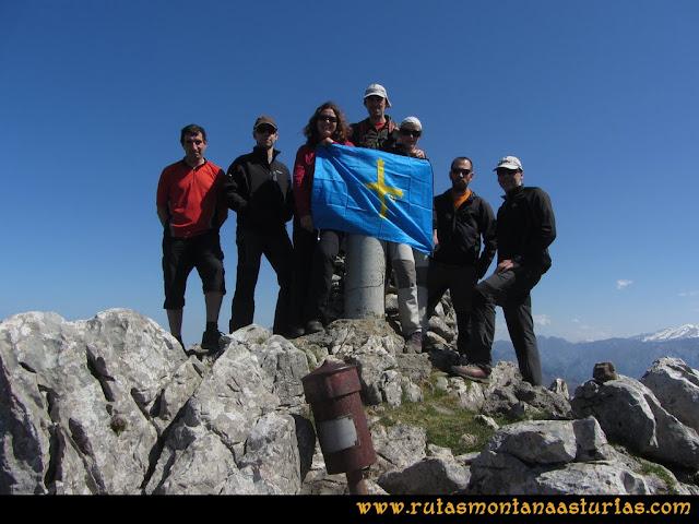 Ruta Ardisana, pico Hibeo: Cima del pico Hibeo