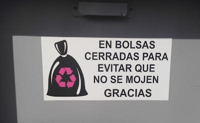 Patada al diccionario: En bolsas cerradas para evitar que no se mojen