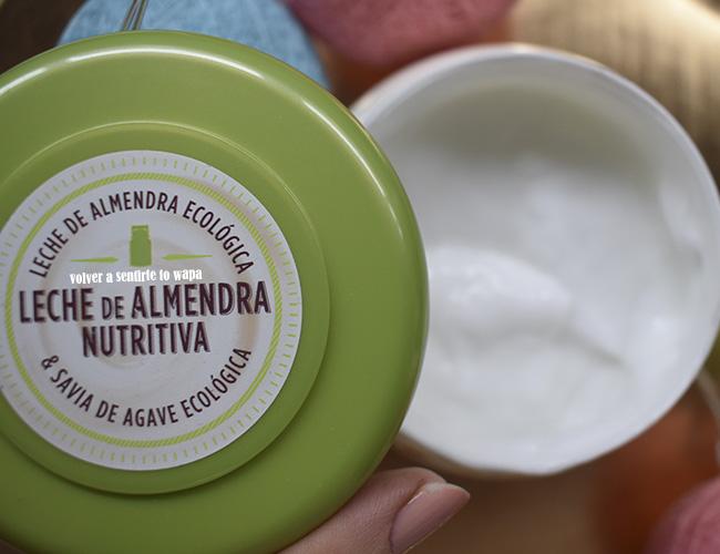 Gama Leche de Almendra Nutritiva de Original Remedies de Garnier