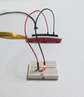 Raspberry Pi Zero WHでLED点滅