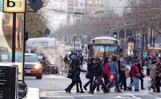Movimentação de turistas e hospedagens no mês de dezembro em San Francisco