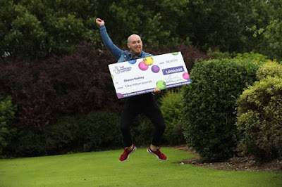 0 National Lottery winner Shawn Keeley 1JPG - Grocery store supervisor who received £1million lottery prize says he will not give up his job