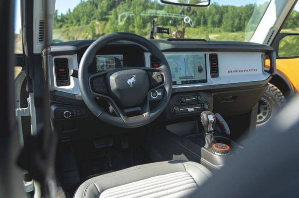 Interior Ford Bronco