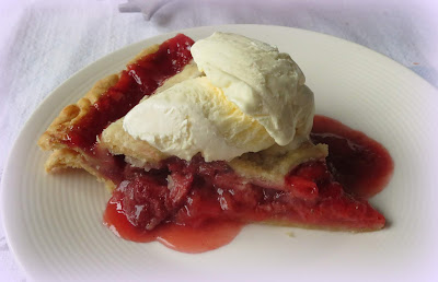 Grandmother's Strawberry Pie