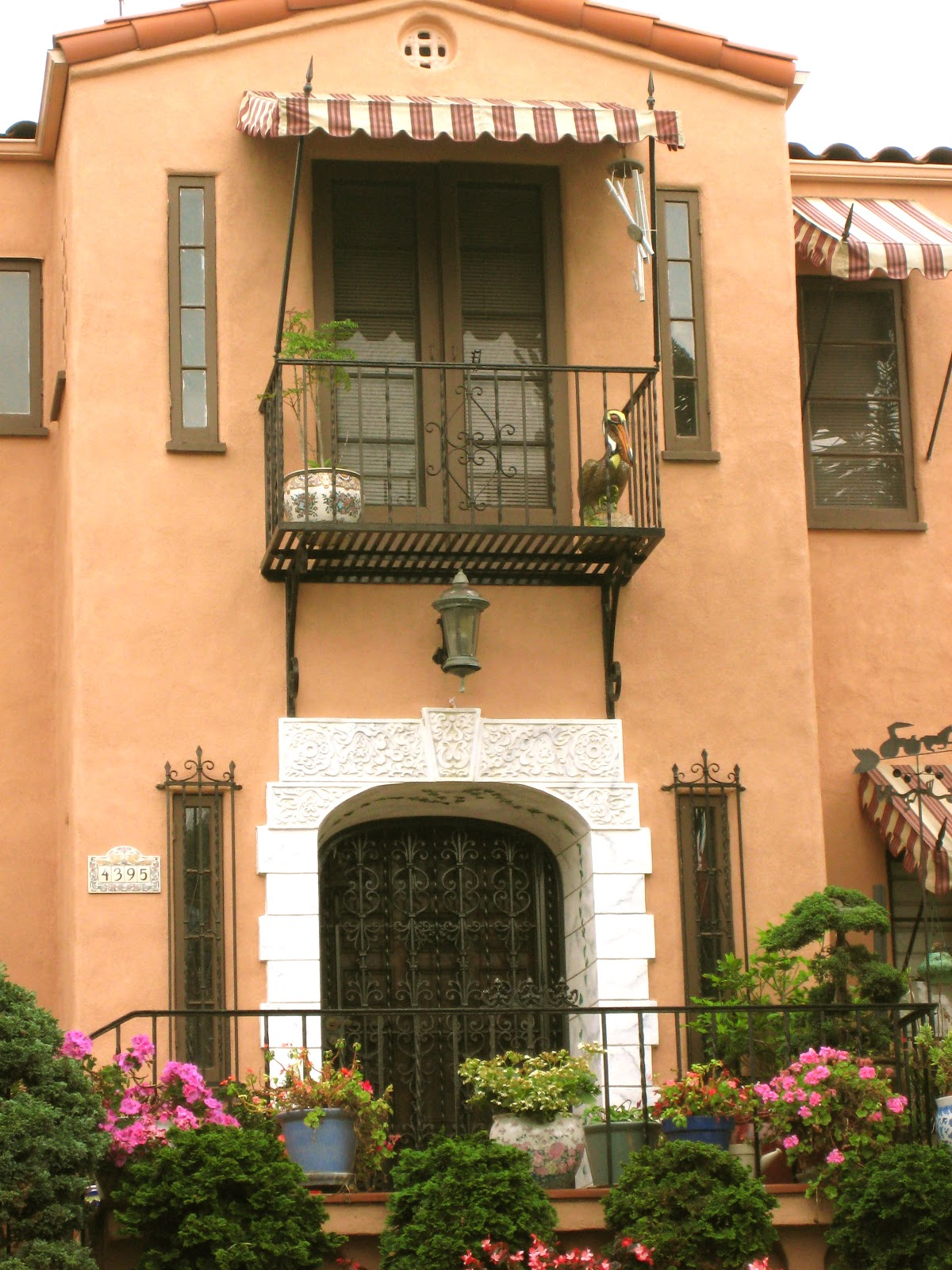 G 1 House Design: Thrifty Nifty Things: Spanish Style Homes