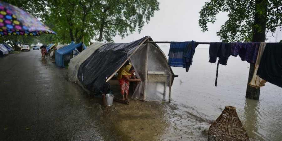 Στους 270 ανήλθαν οι νεκροί από τον μουσώνα στη νότια Ασία