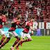 RETORNO   Com presença da torcida, Flamengo vence e avança na Libertadores