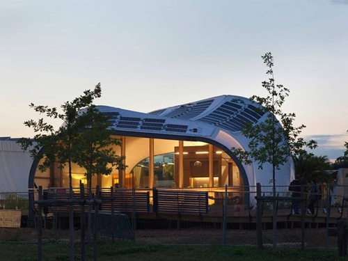 10-Techstyle Haus-Architectural-Sustainability-is-getting-Closer-www-designstack-co