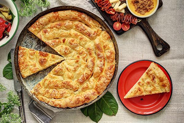 Kukuruzna pita sa sirom (od gotovih kora)
