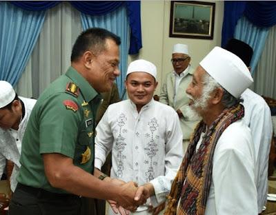 Apresiasi Sikap Ulama, Panglima TNI : Saya tahu Betul yang Demo Kemarin Orang-orang baik.