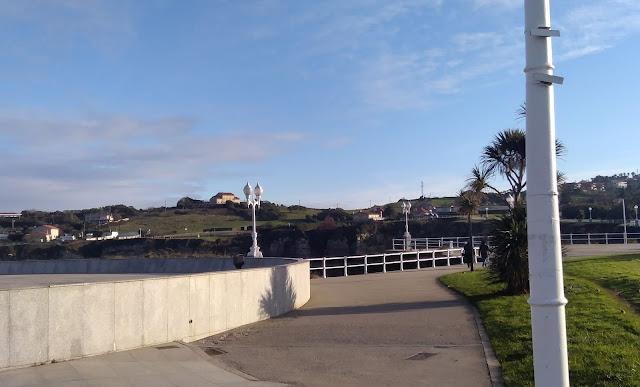 Un tramo del paseo Rosario de Acuña (archivo del autor)