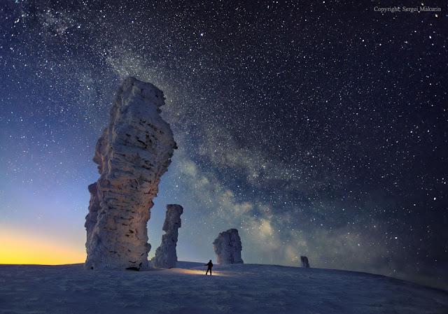 Dải Ngân Hà bên trên Bảy người đàn ông hùng tráng. Hình ảnh: Sergei Makurin.