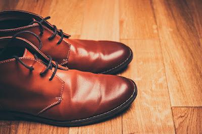 Menjaga Sepatu Bebas Bau Tak Sedap