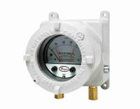 Dwyer Series AT23000MR/3000MRS Photohelic® Switch/Gage