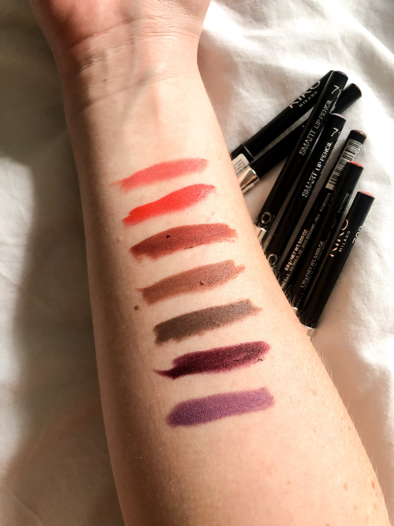 Kiko cosmetics lip pencil review - the best affordable lip liners.