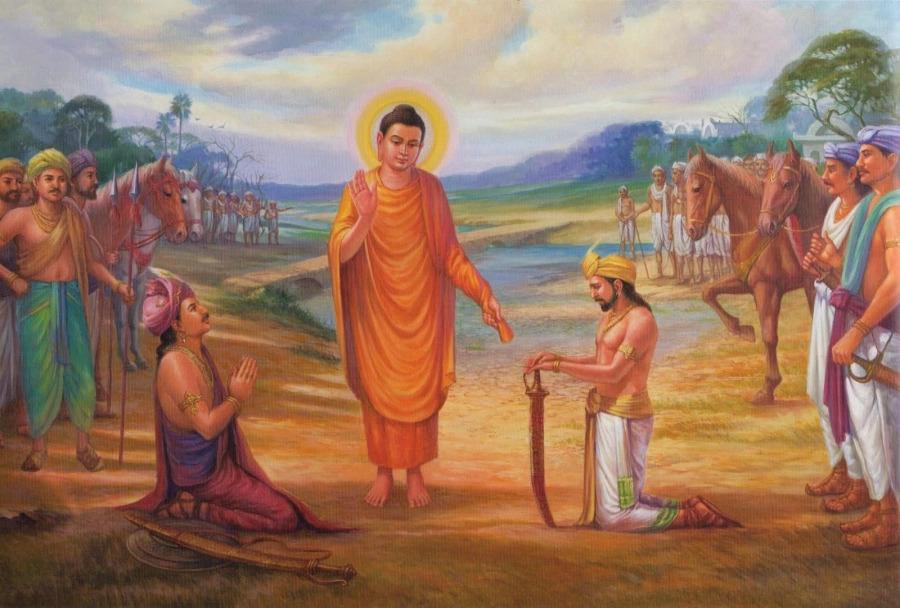 """""""Với người không tin vào Phật, Ngài có quay lưng với họ không?"""", câu trả lời khiến Quốc Vương quỳ gối cảm phục"""