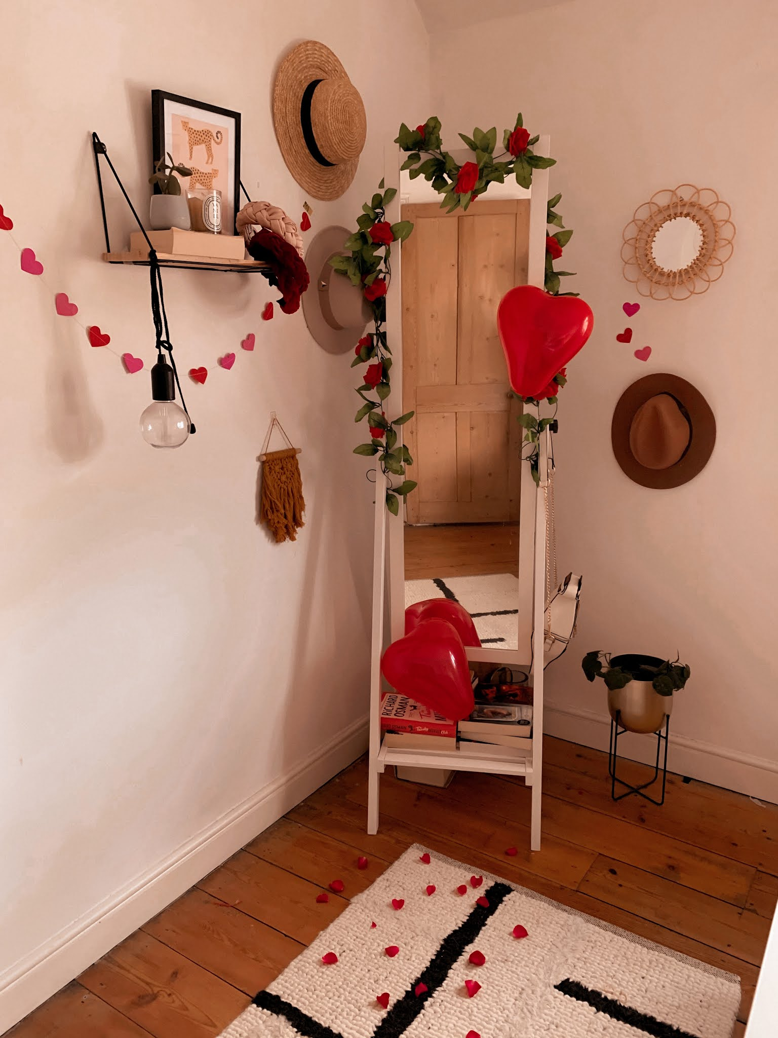 Amazon Valentine's Day Home Decorations