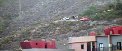 Bomberos Las Palmas de Gran Canaria intentando el rescate de un señor de avanzada edad caído por una ladera de San José