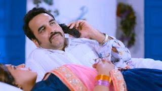 Download Shakeela (2020) Hindi Movie 480p 400MB || Moviesbaba