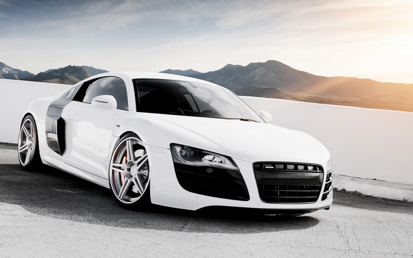 White Car Wallpapers