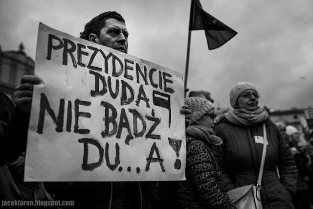 KOD, komitet obrony demokracji, krakow, marzec