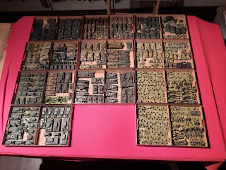 Lots of 15mm toy tanks!