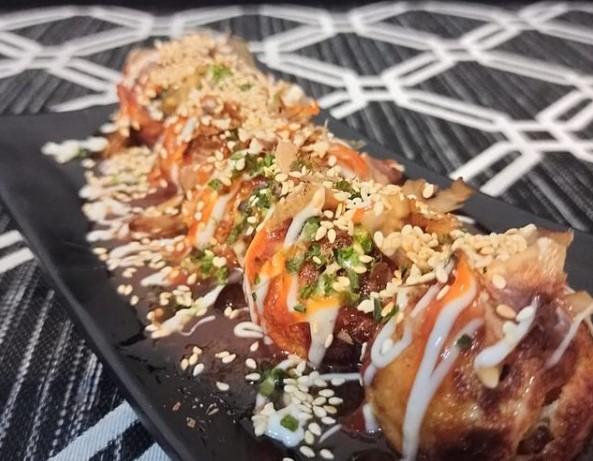 Jajan sambil sedekah di takoyaki &okonomiyaki sensei