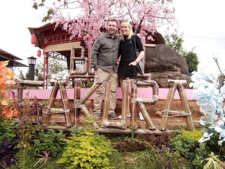 bukit sakura tempat wisata romantis di lampung