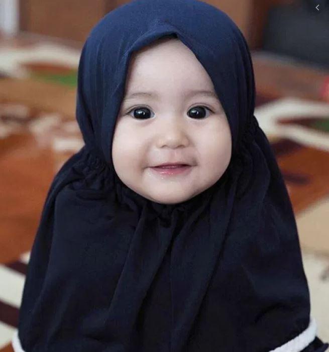 Kumpulan Nama Bayi Perempuan dalam Islam dan Al-Quran Beserta Artinya yang Indah