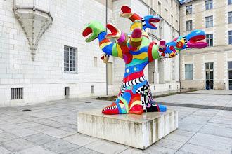 Ailleurs : L'Arbre aux serpents, une oeuvre de Niki de Saint Phalle - Musée des Beaux-Arts d'Angers
