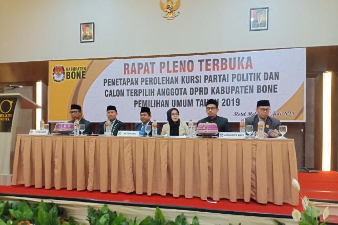 Rapat Pleno Penetapan Caleg Terpilih DPRD Bone, KPU: 22 Wajah Lama, 23 Wajah Baru
